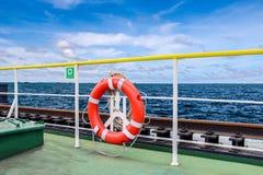 τρισδιάστατο λευκό αντικειμένου ανασκόπησης απομονωμένο σημαντήρας γίνοντα ζωή Στοκ Εικόνες