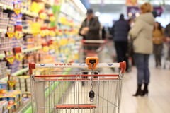 τρισδιάστατες παραγμένες κάρρο αγορές εικόνας Στοκ Φωτογραφίες