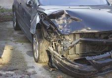 τρισδιάστατη απεικόνιση αυτοκινήτων ατυχήματος που απομονώνεται κατεστημένος άσπρος Στοκ εικόνες με δικαίωμα ελεύθερης χρήσης