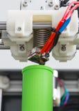 τρισδιάστατη εκτύπωση με την ανοικτό πράσινο ίνα στοκ φωτογραφία