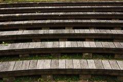 τρισδιάστατη επιτυχία σκαλοπατιών απεικόνισης έννοιας ξύλινη Στοκ εικόνες με δικαίωμα ελεύθερης χρήσης