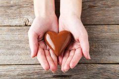 τρισδιάστατη σοκολάτας απεικόνιση καρδιών σχεδίου γραφική που δίνεται Στοκ εικόνες με δικαίωμα ελεύθερης χρήσης