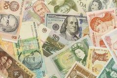 τρισδιάστατη όμορφη διαστατική απεικόνιση τρία νομίσματος πολύ κόσμος Στοκ Εικόνες