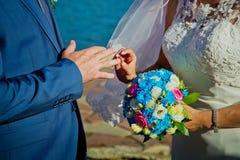 τρισδιάστατος παραγμένος γάμος δαχτυλιδιών εικόνας στοκ φωτογραφίες