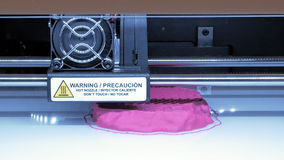 Τρισδιάστατος πλαστικός τρισδιάστατος εκτυπωτής Στοκ φωτογραφία με δικαίωμα ελεύθερης χρήσης