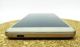 τρισδιάστατο λευκό smartphone εικόνας ανασκόπησης Στοκ φωτογραφία με δικαίωμα ελεύθερης χρήσης