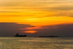 τρισδιάστατο ηλιοβασίλεμα θάλασσας πανοράματος τοπίων παράδεισος φύσης στοιχείων σχεδίου σύνθεσης Στοκ Φωτογραφίες