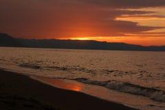 τρισδιάστατο ηλιοβασίλεμα θάλασσας πανοράματος τοπίων Στοκ Φωτογραφίες