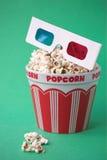 τρισδιάστατο popcorn γυαλιών κά Στοκ φωτογραφία με δικαίωμα ελεύθερης χρήσης