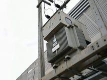 Τριφασικός ηλεκτρικός τρέχων μετασχηματιστής 630 kVA στοκ εικόνες