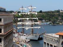 Τριών Masted βάρκα πανιών από το Μεξικό στο λιμάνι της Αβάνας Στοκ Εικόνες