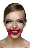 Τρομακτικά γέλια κοριτσιών Beaury κακά Λερωμένα Mascara και κραγιόν Στοκ φωτογραφία με δικαίωμα ελεύθερης χρήσης