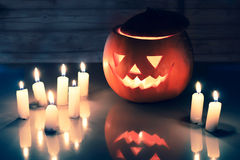 Τρομακτικό φανάρι κολοκύθας αποκριών (jack-o'-lantern) Στοκ Εικόνα