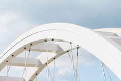 Τρομερή minimalistic γέφυρα Στοκ Φωτογραφία