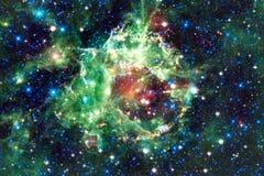 Τρομερός γαλαξίας στο μακρινό διάστημα Starfields του ατελείωτου κόσμου στοκ φωτογραφία με δικαίωμα ελεύθερης χρήσης