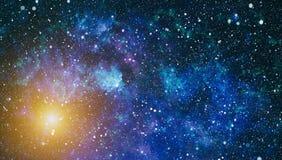 Τρομερό νεφέλωμα στο βαθύ διάστημα Γαλαξίας και νεφέλωμα abstract background space Ελεύθερη απεικόνιση δικαιώματος