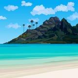 Τροπική ακτή με το μπλε νερό και ένα βουνό με τους φοίνικες Στοκ εικόνα με δικαίωμα ελεύθερης χρήσης