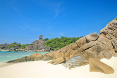 Τροπική παραλία στο νησί Similan στοκ εικόνα
