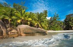 Τροπική παραλία Anse Λάτσιο, Praslin, Σεϋχέλλες νησιών Στοκ Φωτογραφίες