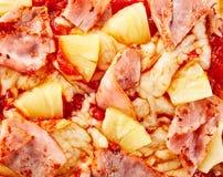 Τροπική της Χαβάης πίτσα ανανά και ζαμπόν Στοκ Εικόνες