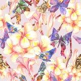 Τροπικό άνευ ραφής σχέδιο με τα εξωτικά λουλούδια Στοκ εικόνα με δικαίωμα ελεύθερης χρήσης