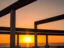 Τροπικό ηλιοβασίλεμα θάλασσας Στοκ εικόνες με δικαίωμα ελεύθερης χρήσης