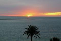 Τροπικό ηλιοβασίλεμα στοκ φωτογραφίες με δικαίωμα ελεύθερης χρήσης