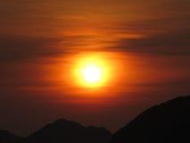 Τροπικό ηλιοβασίλεμα Στοκ εικόνες με δικαίωμα ελεύθερης χρήσης
