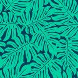 Τροπικό φύλλο Monstera σε ένα άνευ ραφής σχέδιο Στοκ Εικόνες