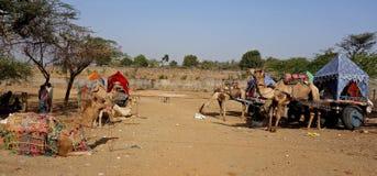 Τροχόσπιτο Pushkar, Rajasthan καμηλών στοκ φωτογραφία