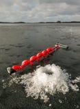 Τρυπάνι πάγου και εύθραυστος πάγος Στοκ εικόνες με δικαίωμα ελεύθερης χρήσης