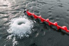 Τρυπάνι πάγου και εύθραυστος πάγος Στοκ Εικόνες