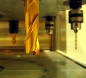 τρυπώντας με τρυπάνι βιομηχανική μηχανή Στοκ Φωτογραφίες