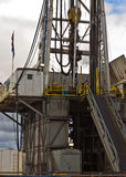 τρυπώντας με τρυπάνι βόρεια εγκατάσταση γεώτρησης της Ντακότας Στοκ Εικόνες