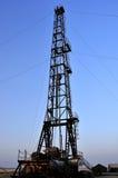 τρυπώντας με τρυπάνι πύργο&sigma Στοκ εικόνες με δικαίωμα ελεύθερης χρήσης