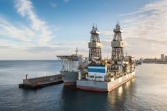 Τρυπώντας με τρυπάνι σκάφη ENSCO DS 5 & DS 4 Στοκ φωτογραφία με δικαίωμα ελεύθερης χρήσης