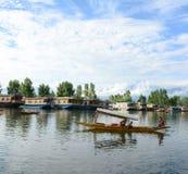 Τρόπος ζωής στη λίμνη DAL, Σπίναγκαρ Στοκ Φωτογραφίες