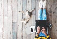 Τρόπος ζωής Hipster και δημιουργικός χώρος εργασίας στοκ φωτογραφία με δικαίωμα ελεύθερης χρήσης