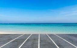 Τρόπος να χαλαρώσει και θάλασσα και σαφής ουρανός Στοκ εικόνες με δικαίωμα ελεύθερης χρήσης