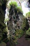 Τρόπος πορειών μέσω του σχηματισμού βράχου Στοκ Εικόνες