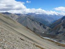 Τρόπος στη λίμνη Tilicho από το στρατόπεδο βάσεων, Νεπάλ Στοκ φωτογραφία με δικαίωμα ελεύθερης χρήσης