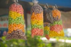 Τρόφιμα για τα ζώα, τα ψάρια και τα πουλιά στοκ εικόνες