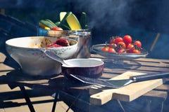 Τρόφιμα για το ψήσιμο στη σχάρα Στοκ Εικόνες
