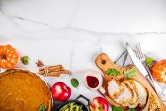 Τρόφιμα διακοπών ημέρας των ευχαριστιών στοκ εικόνες με δικαίωμα ελεύθερης χρήσης