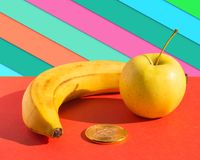 Τρόφιμα και έννοια χρηματοδότησης Στοκ Φωτογραφίες