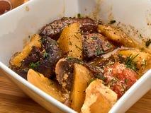 Τρόφιμα, κρέας, βόειο κρέας, γεύμα, γεύμα, λαχανικό, stew, πατάτα, κουζίνα, χοιρινό κρέας, κοτόπουλο, πιάτο, πιάτο, μεσημεριανό γ στοκ φωτογραφίες με δικαίωμα ελεύθερης χρήσης