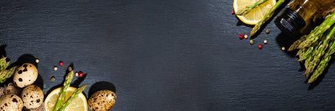 τρόφιμα μπουλεττών ανασκόπησης πολύ κρέας πολύ Στοκ Φωτογραφίες