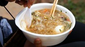 Τρόφιμα οδών στις ασιατικές χώρες της Καμπότζης και απόθεμα βίντεο