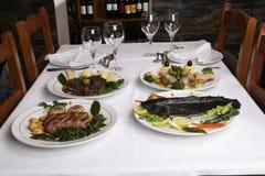 τρόφιμα πιάτων Στοκ φωτογραφία με δικαίωμα ελεύθερης χρήσης