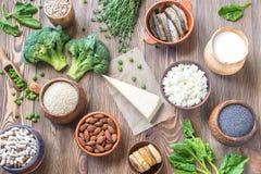 Τρόφιμα πλούσια σε ασβέστιο στοκ φωτογραφίες με δικαίωμα ελεύθερης χρήσης